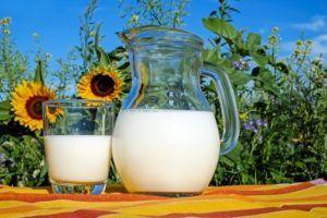 3 Beneficios de tomar leche orgánica